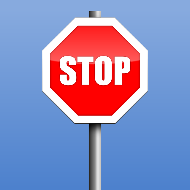 stop-2717058_640.png